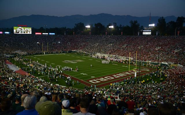 Stanford shows off rings boasting Pac-12 titles and BCS appearances (Photo)