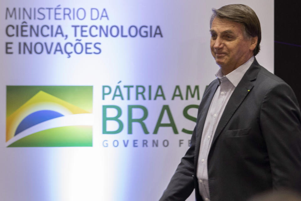 President Jair Bolsonaro (without a party) participates in a ceremony at CNPEM, in Campinas, in the interior of São Paulo, Brazil on Wednesday, October 21, 2020. The Minister of Science and Technology Marcos Pontes, Defense Minister Fernando Azevedo and other authorities attended alongside Bolsonaro. (Photo: Bruno Rocha/Fotoarena/Sipa USA)(Sipa via AP Images)