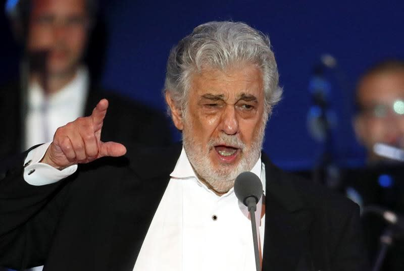 Tenor Domingo blames accusations on cultural differences