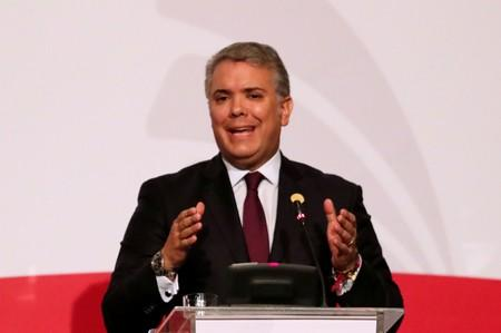 Colombia's Duque says wanted FARC lawmaker may have fled to Venezuela