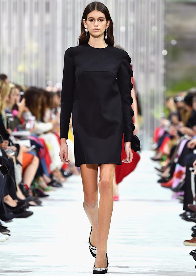 <p>Kaia ruled the runway in a simple but oh-so-chic dress at Valentino.</p>
