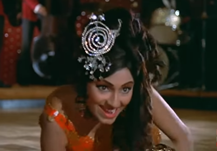 <p>* This cabaret number by Asha Bhosle is unique for its narrational tone and perhaps Bindu's most famous dance performance.<br />* The film stars Rajesh Khanna and was a grand musical success. </p>