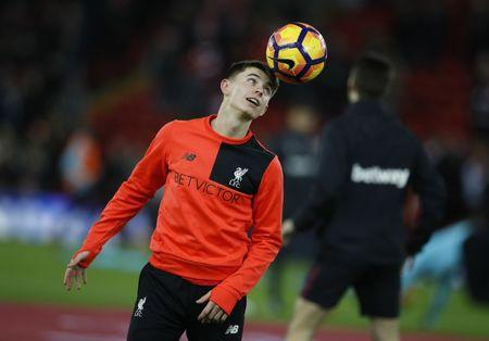 Liverpool's Ben Woodburn during the warm up before the match