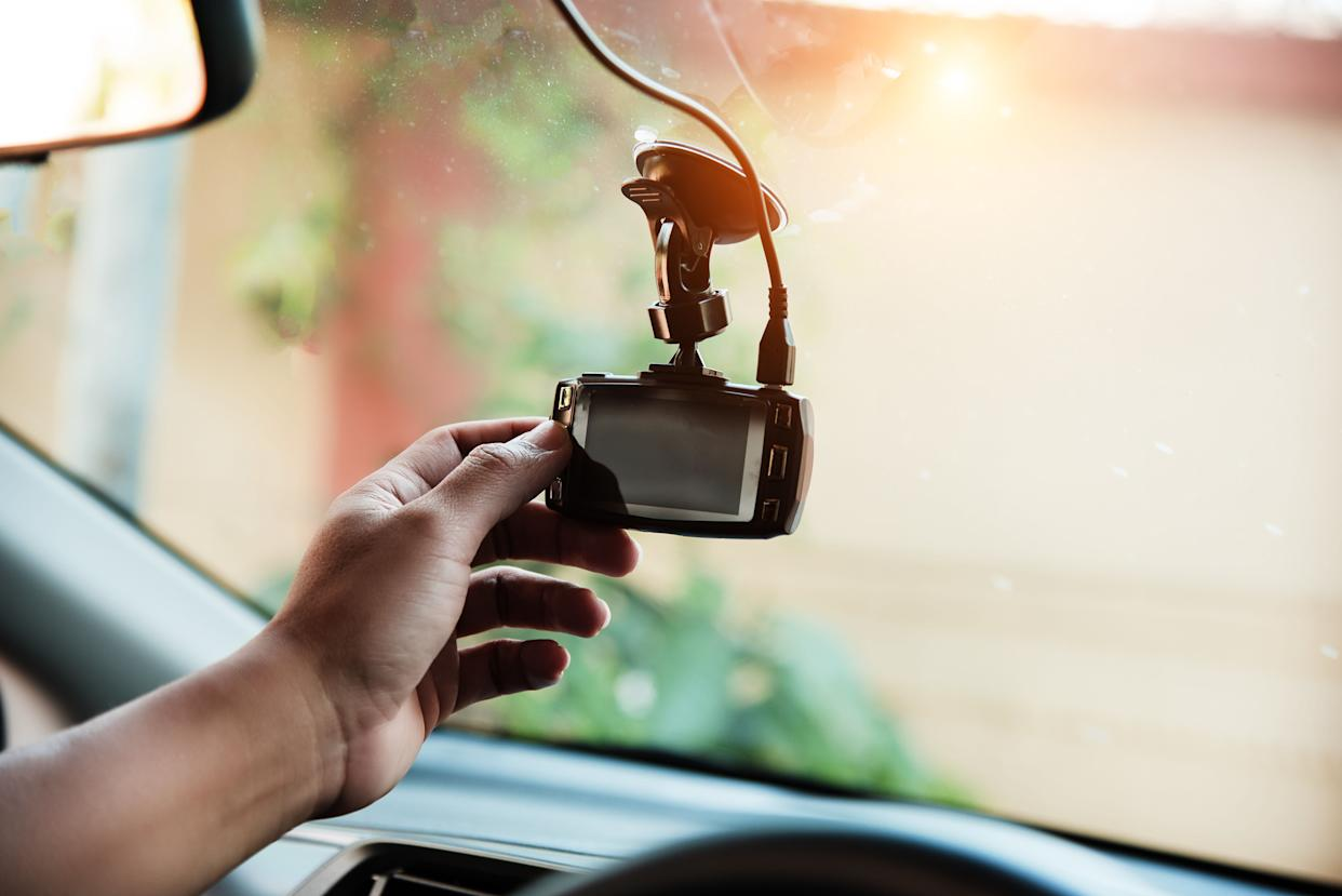 A ride-sharing driver in Missouri is out of a job after he was reportedly found secretly livestreaming his passengers with a camera on his dashboard. (Photo: Watcharin panyawutso via Getty Images)