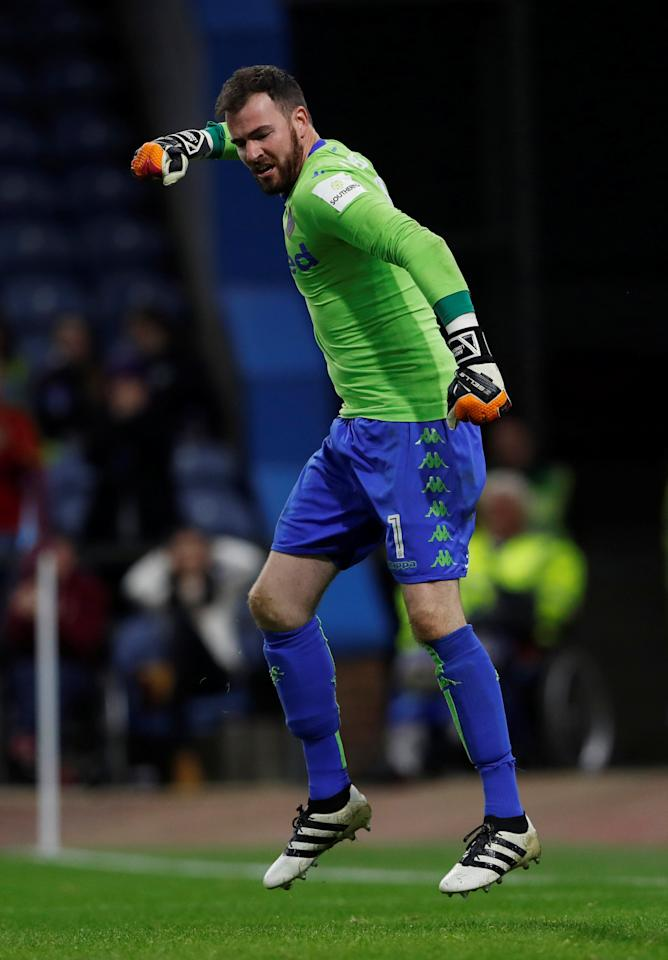 "Soccer Football - Carabao Cup Third Round - Burnley vs Leeds United - Turf Moor, Burnley, Britain - September 19, 2017   Leeds United's Andy Lonergan celebrates during the penalty shootout   Action Images via Reuters/Lee Smith   EDITORIAL USE ONLY. No use with unauthorized audio, video, data, fixture lists, club/league logos or ""live"" services. Online in-match use limited to 75 images, no video emulation. No use in betting, games or single club/league/player publications. Please contact your account representative for further details."