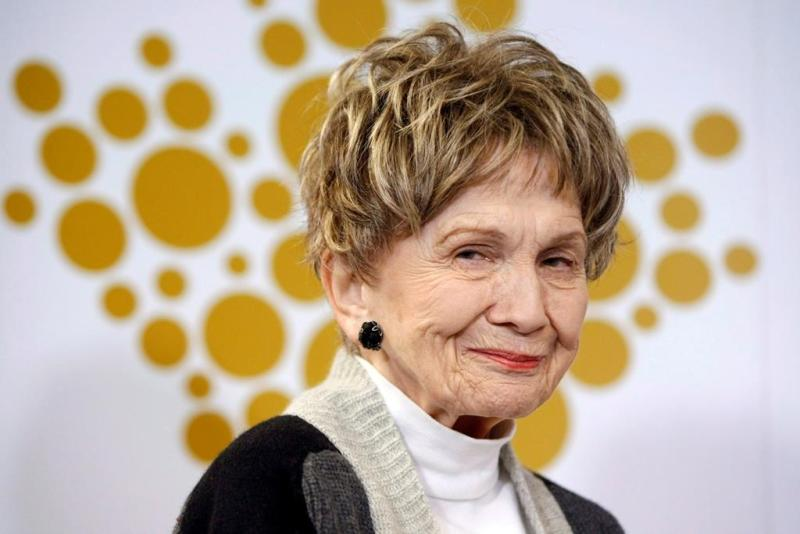 Alice Munro among Nobel Prize winners urging Trudeau to deny oilsands project