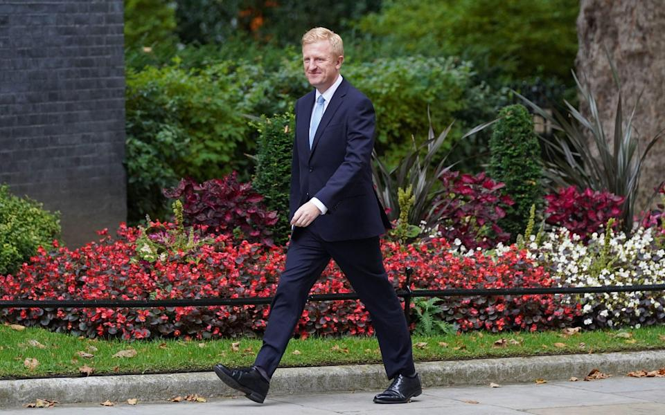 Oliver Dowden arrives in Downing Street for Boris Johnson's reshuffle - Stefan Rousseau