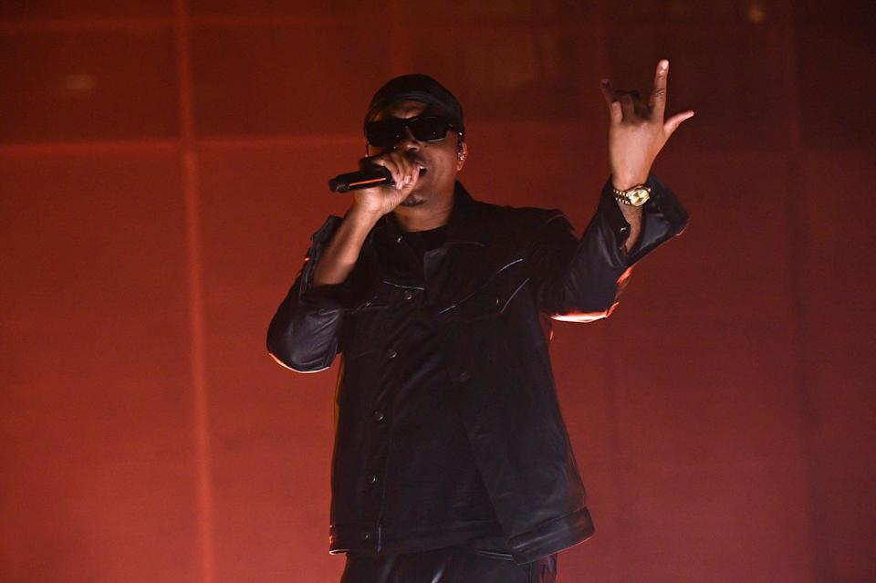 <p>Nas lit the stage up with his performance as he closed out the show.</p>