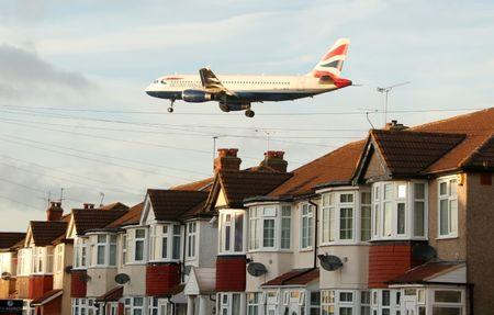 British Airways owner IAG upbeat but City unimpressed, shares fall