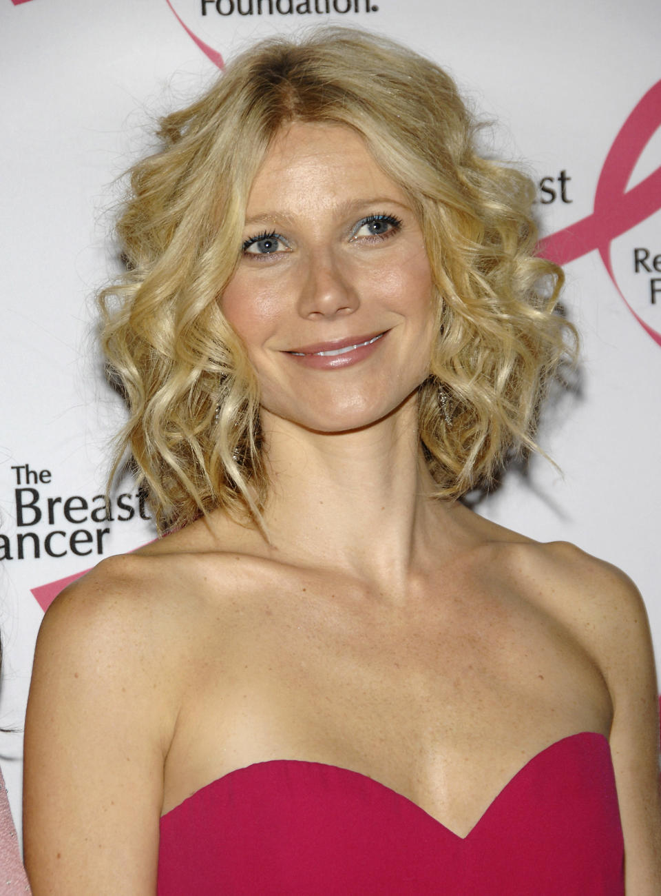 """Actress Gwyneth Paltrow attends The Breast Cancer Research Foundation's """"Hottest Pink Party Ever"""" benefit at The Waldorf-Astoria, Tuesday, April 8, 2008 in New York. (AP Photo/Evan Agostini)"""