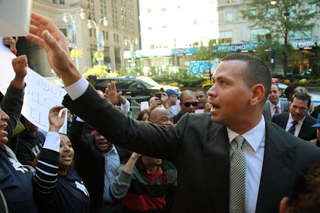 New York Yankees' Alex Rodriguez arrives at the offices of Major League Baseball to appeal his 211-game suspension, in New York, Tuesday, Oct. 1, 2013. Rodrig(AP Photo/David Karp)
