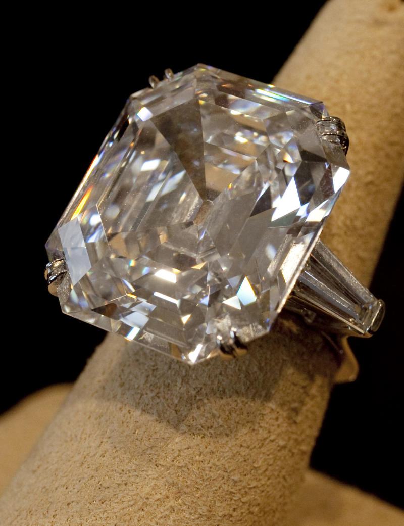 """ADDS DATE OF SALE - FILE - This , Sept. 1, 2011, file photo shows""""The Elizabeth Taylor Diamond,"""" a 33.19 carat a gift to the actress from Richard Burton at Christie's, in New York. The 33.19-carat diamond ring given to Elizabeth Taylor by actor Richard Burton sold for over $8.8 million at auction in New York Tuesday Dec. 13, 2011. (AP Photo/Richard Drew, File)"""