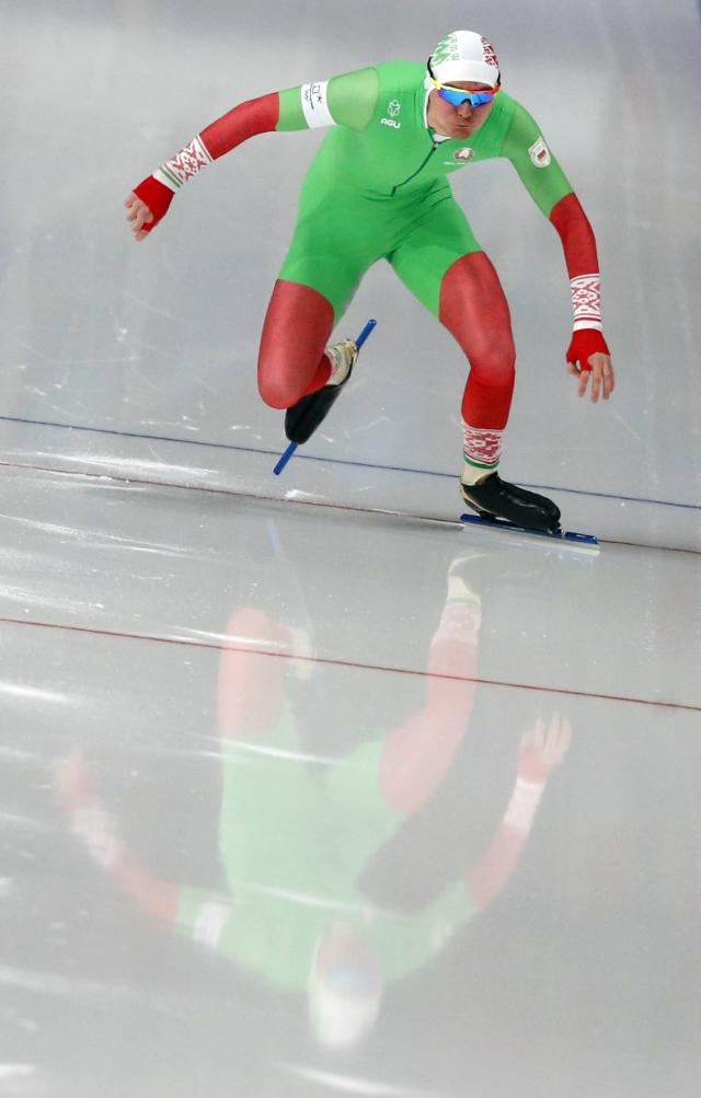 Speed Skating - Pyeongchang 2018 Winter Olympics - Men's 1000m competition finals - Gangneung Oval - Gangneung, South Korea - February 23, 2018 - Ignat Golovatsiuk of Belarus competes. REUTERS/Phil Noble