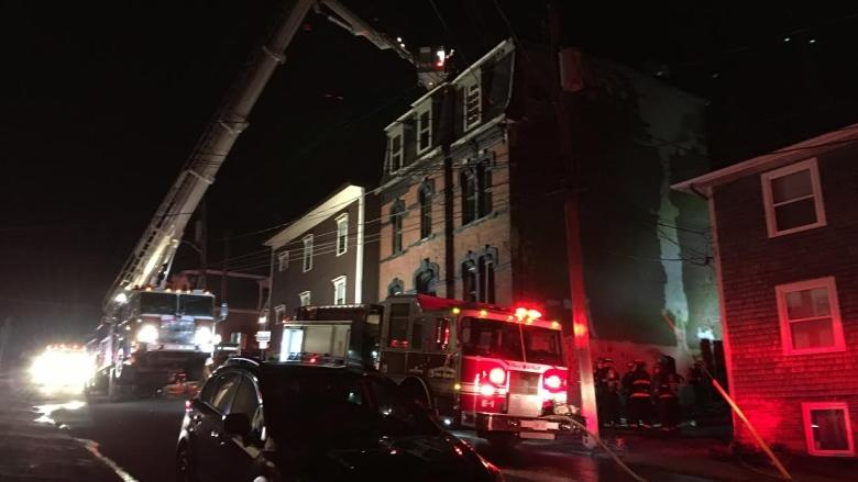 Fire in uptown Saint John causes power, traffic disruptions