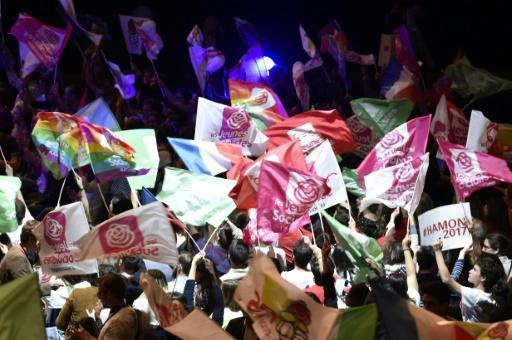 French Socialists face 'unprecedented' losses