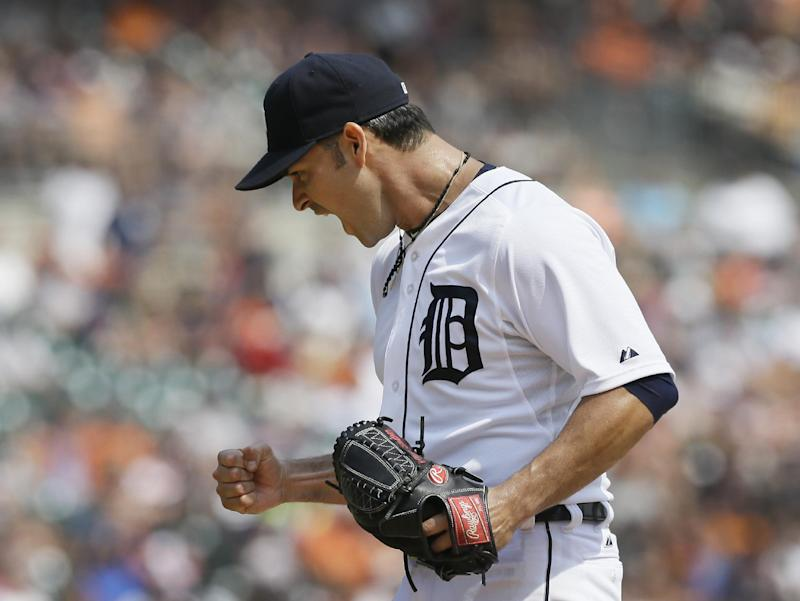 Sanchez fans 12, Tigers blank Rockies for sweep