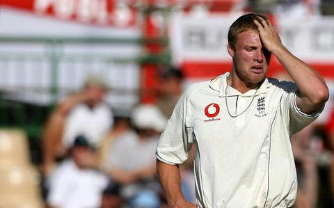 <span>Andrew Flintoff couldn't prevent Australia completely an Ashes whitewash in 2006/07</span> <span>Credit: PA </span>