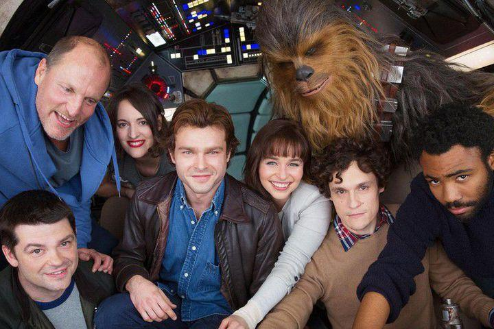 Harrelson with the 'Han Solo' cast, and original directors Lord and Miller (Credit: Lucasfilm)