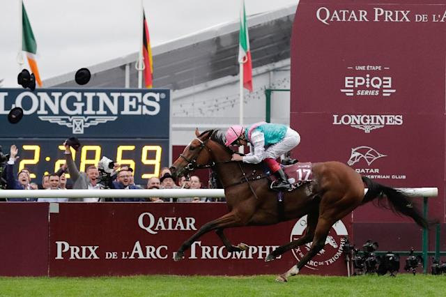Racing needs more equine superstars if it is to build a rapport with the public according to ITV racing presenter Ed Chamberlin citing the John Gosden-trained Enable who under Frankie Dettori swept a slew of top races last year (AFP Photo/Thomas SAMSON)