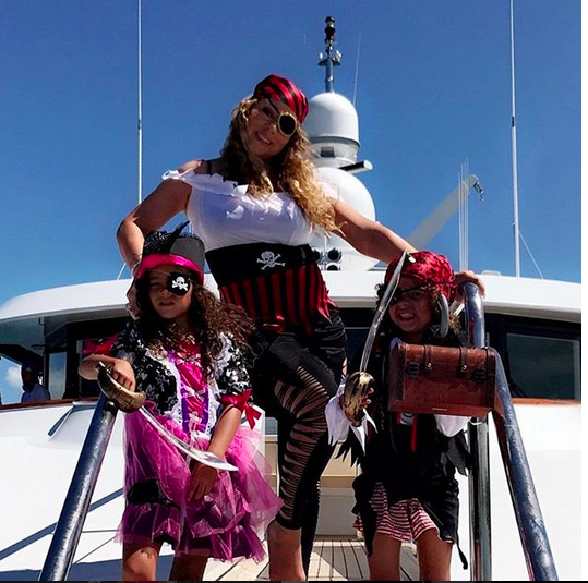 "<p>""Treasure hunt!"" the costumed queen captioned this pic with her maties, twins Morrocan and Monroe, 6, as they indulged in some pirate fun on a luxury yacht. (Photo: <a href=""https://www.instagram.com/p/BXoFaIpHTY6/?taken-by=mariahcarey"" rel=""nofollow noopener"" target=""_blank"" data-ylk=""slk:Mariah Carey via Instagram"" class=""link rapid-noclick-resp"">Mariah Carey via Instagram</a>) </p>"