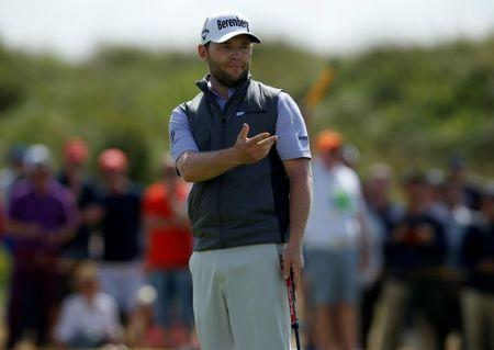 Grace Soars To SA Open Lead With Three Eagles