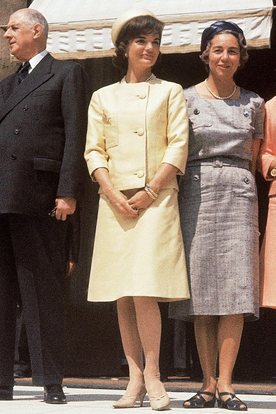 <p>Well known for her Oleg Cassini and Chanel suits, Kennedy was well aware that a great jacket and a set of pearls make the ladylike look. </p>