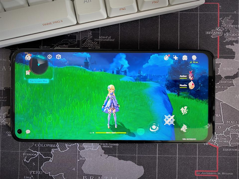 Gaming looks clear on the Xiaomi Mi10T Pro 5G. (PHOTO: Paolo Lacuna/Yahoo Lifestyle SEA)