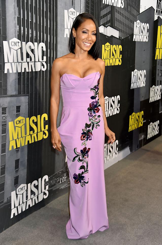 <p>The actress and musician wore a gorgeous column gown. (Photo: Getty Images) </p>