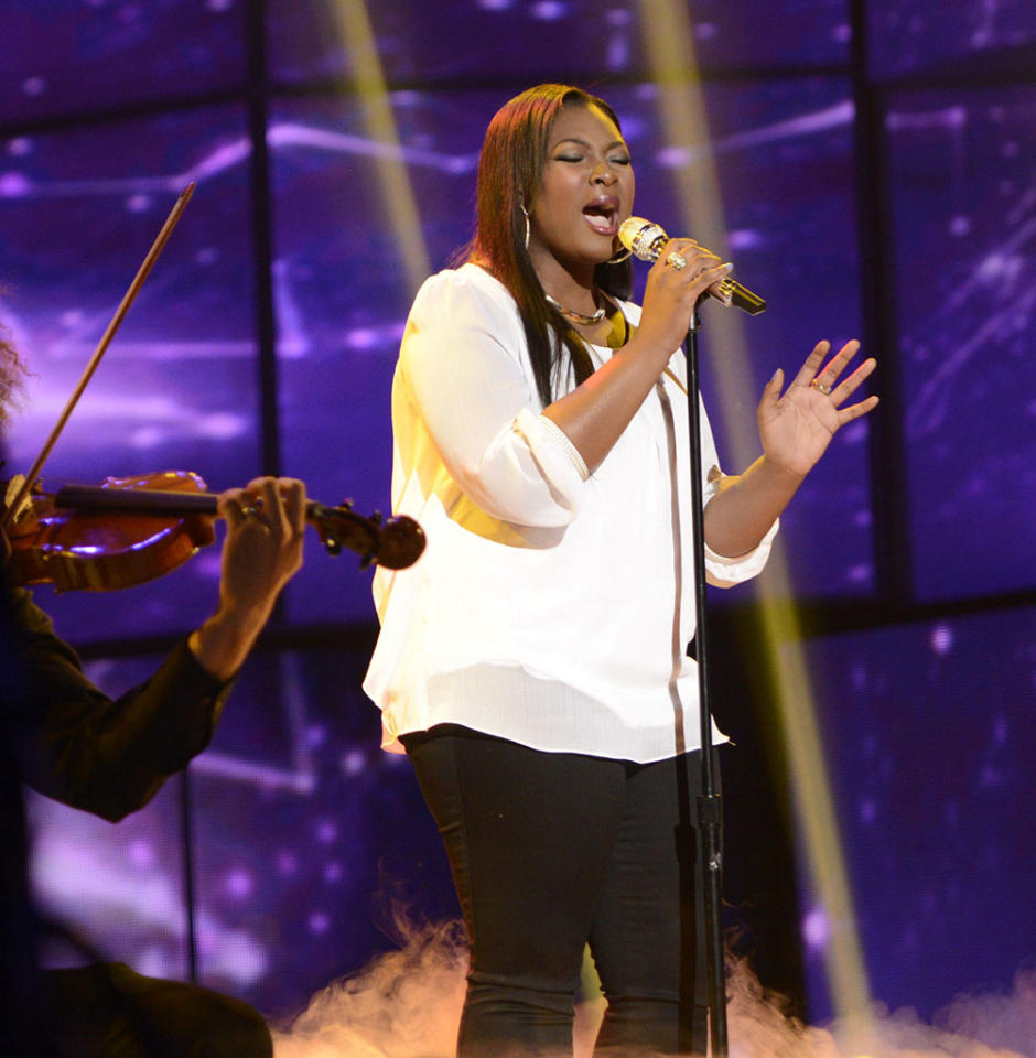 "Candice Glover performs ""When You Believe"" on the Wednesday, April 17 episode of ""American Idol."""