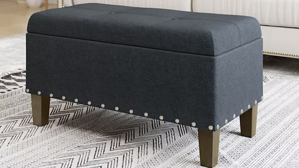 This highly-rated storage bench will spruce up your room in a hurry.