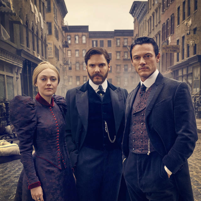 Dakota Fanning, Daniel Bruhl, and Luke Evans in <em>The Alienist</em>. (Photo: TNT)