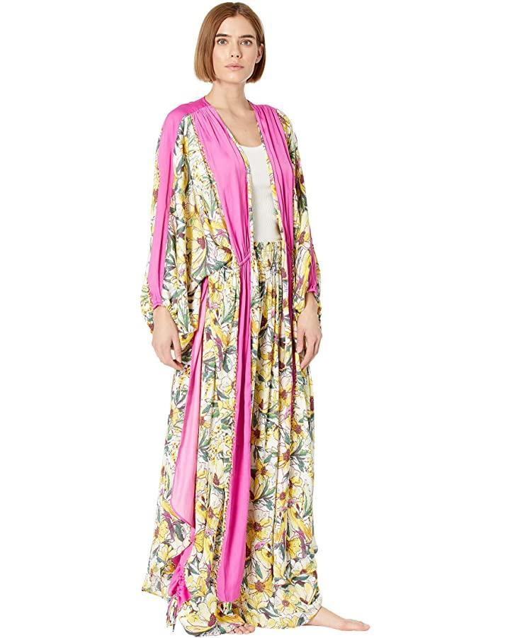 """<br><br><strong>Free People</strong> In Bloom Kimono, $, available at <a href=""""https://go.skimresources.com/?id=30283X879131&url=https%3A%2F%2Fwww.zappos.com%2Fa%2Fthe-style-room%2Fp%2Ffree-people-in-bloom-kimono-garden-combo%2Fproduct%2F9504207%2Fcolor%2F267535"""" rel=""""nofollow noopener"""" target=""""_blank"""" data-ylk=""""slk:Zappos"""" class=""""link rapid-noclick-resp"""">Zappos</a>"""