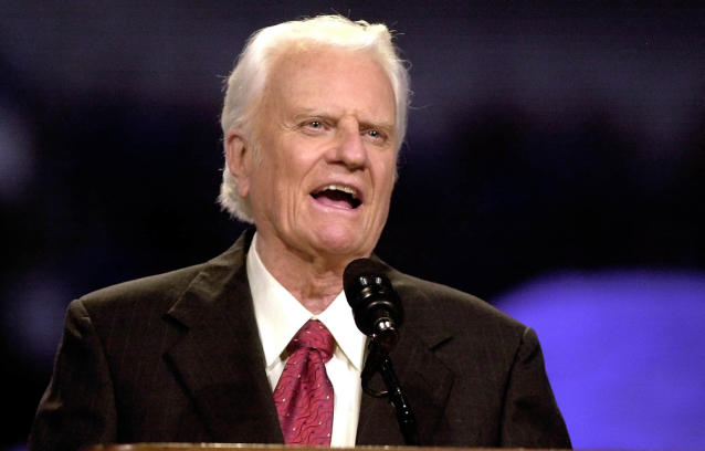 <p>Billy Graham addresses the Mission Metroplex at Texas Stadium in Irving, Texas, on Oct. 17, 2002. (Photo: LM Otero/AP) </p>