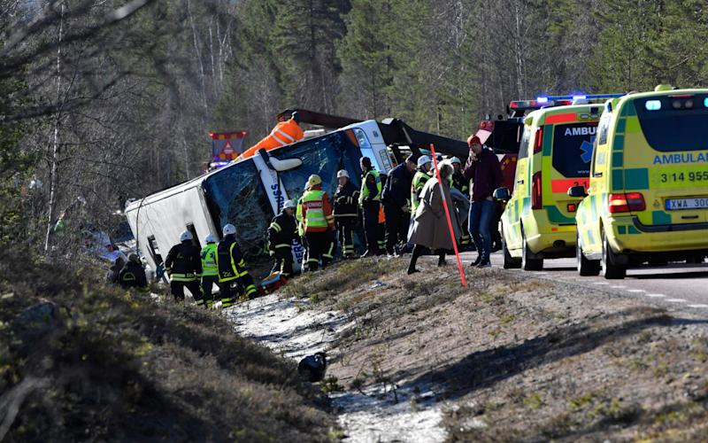 Emergency services and ambulances at the scene of the bus accident between Sveg and Fagelsjo in Sweden - TT News Agency