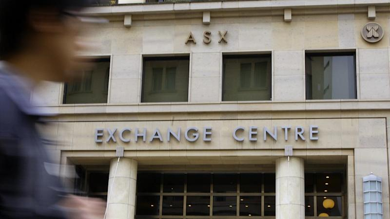 Higher commodity prices lift share market