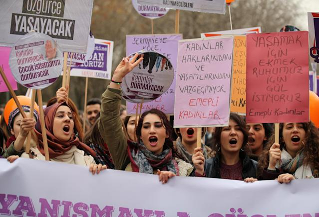 <p>Demonstrators hold banners and shout slogans during a rally to mark International Women's Day in Ankara, Turkey, March 8, 2018. (Photo: Umit Bektas/Reuters) </p>