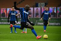 Romelu Lukaku moved onto 300 career goals with a brace as Inter Milan beat Lazio to go top of Serie A