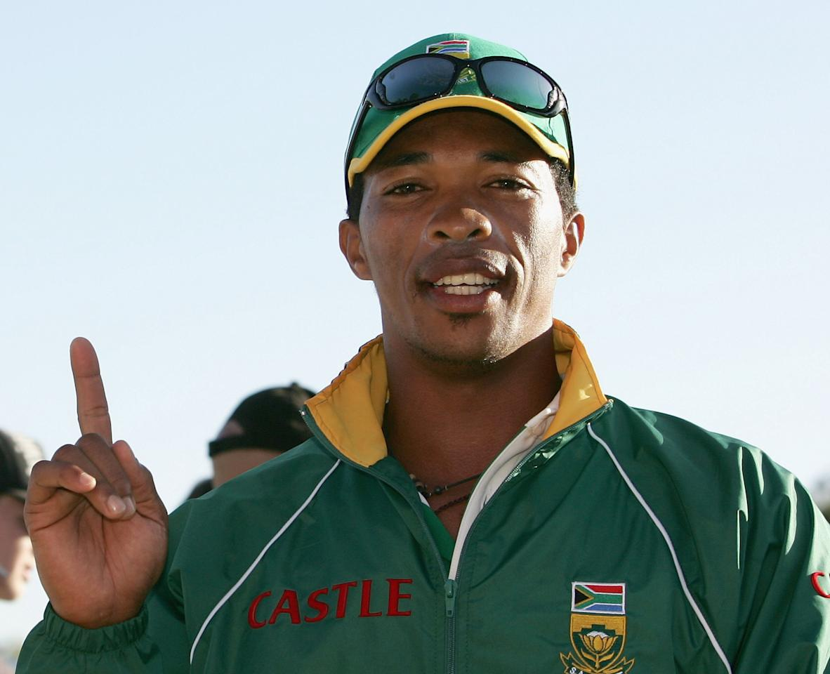PERTH, AUSTRALIA - DECEMBER 09:  Makhaya Ntini of South Africa shows who is number one at the conclusion of the Chairmans XI and South Africa match at Liliac Hill December 9, 2005 in Perth, Australia.  (Photo by Paul Kane/Getty Images)