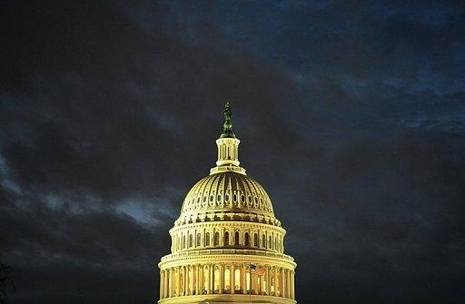 US lawmakers seek last-gasp fiscal deal