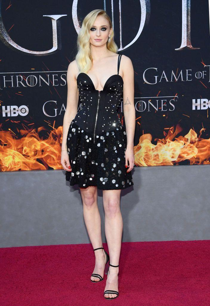 <p>For the final season premiere in New York City, Turner looked ready to celebrate in a Louis Vuitton dress.</p>