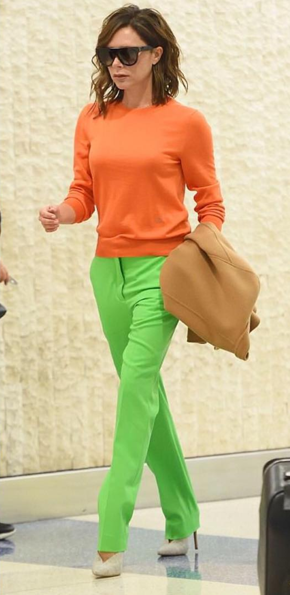 <p>This is colour clashing at its very best. Some said Victoria looked like a carrot but we're all for this bold ensemble.<br><i>[Photo: Instagram/peopletalkru]</i> </p>
