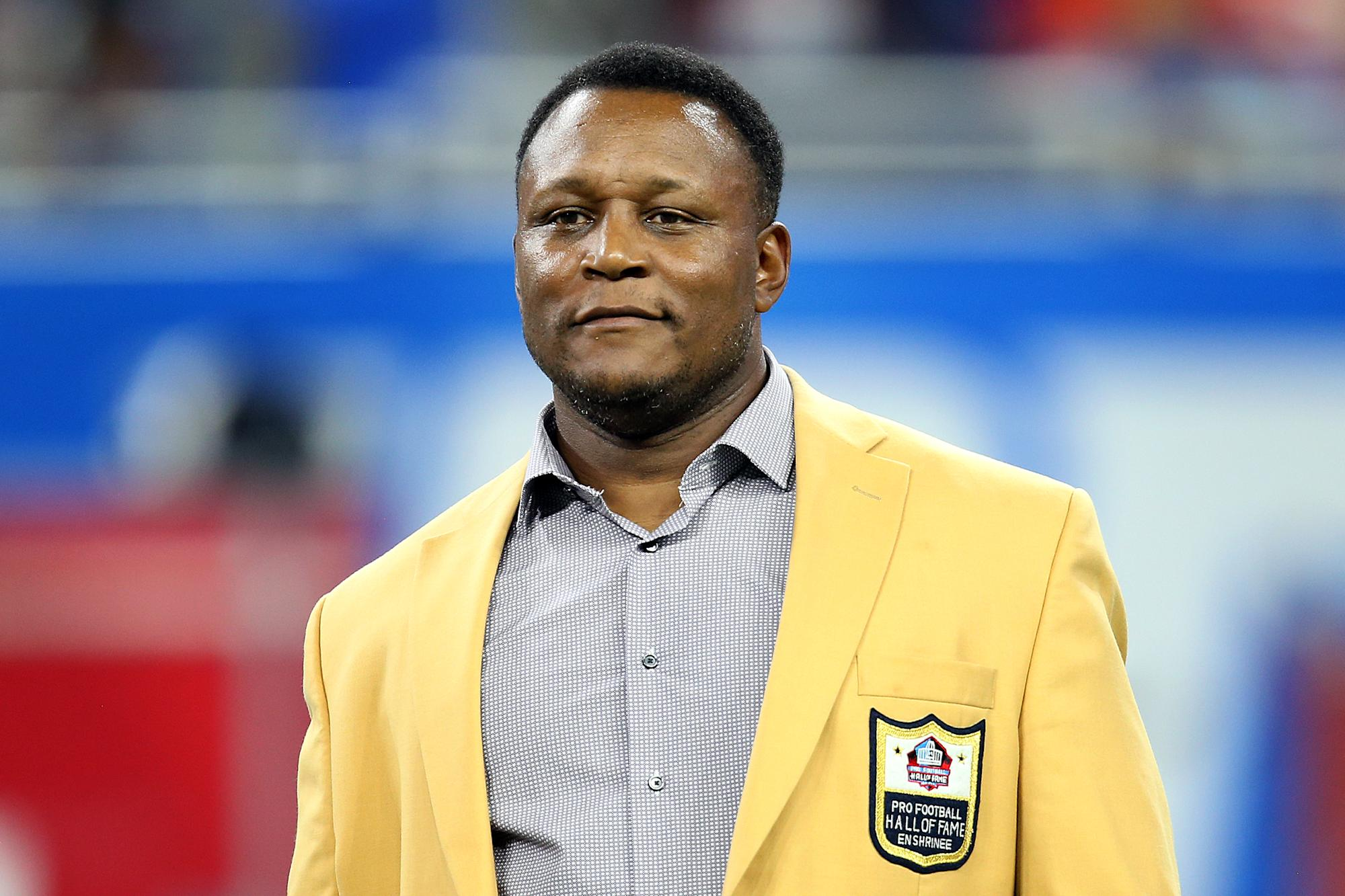 Barry Sanders says he's tested positive for COVID-19 despite being fully vaccinated