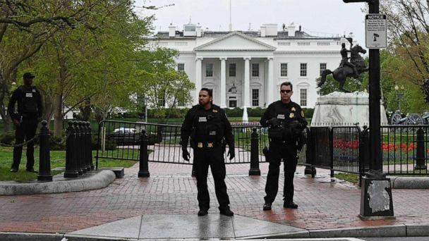 PHOTO: Police secure the perimeter of the White House after a man reportedly tried to set himself on fire outside the presidential mansion on April 12, 2019 in Washington. (Mandel Ngan/AFP/Getty Images)