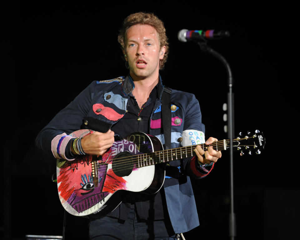 Coldplay performs on the opening night of their US tour at the Cruzan Ampitheatre in West Palm Beach, Florida on May 15, 2009. Credit: mpi04/MediaPunch /IPX