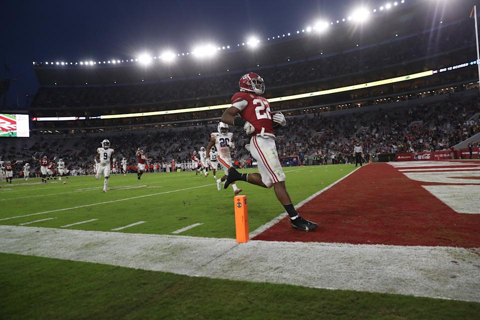 TUSCALOOSA, AL - NOVEMBER 28: Najee Harris #22 of the Alabama Crimson Tide runs in a touchdown against the Auburn Tigers at Bryant-Denny Stadium on November 28, 2020 in Tuscaloosa, Alabama. (Photo by UA Athletics/Collegiate Images/Getty Images)