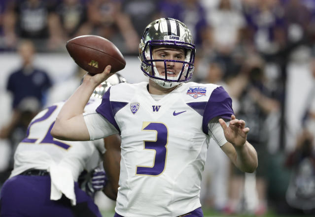 Washington quarterback Jake Browning enters the 2018 season with more than 9,000 career passing yards. (AP Photo/Rick Scuteri)