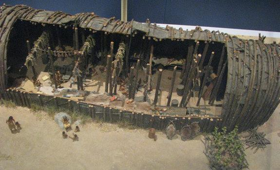 A model of a longhouse at the Royal Ontario Museum.