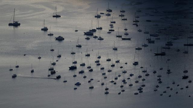 A view of boats at Ganabara Bay in Rio de Janeiro March 11, 2014. Rio de Janeiro is one of the host cities for the 2014 soccer World Cup in Brazil. REUTERS/Sergio Moraes (BRAZIL - Tags: SPORT SOCCER WORLD CUP)