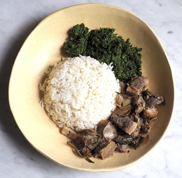Relish the fragrant wild boar 'pansuh' and an absolutely addictive 'daun ubi tumbuk' with rice.