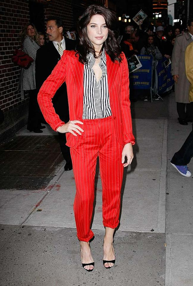"""Red Rover, Red Rover, please send a new outfit for Ashley Greene right over! And, preferably not another cuffed pantsuit. Jeffrey Ufberg/<a href=""""http://www.wireimage.com"""" target=""""new"""">WireImage.com</a> - November 23, 2009"""